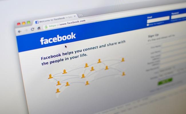 Facebook_Home