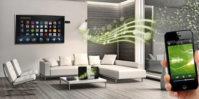 AwoX développe notamment des ampoules LED dotés de haut-parleur Wi-Fi pour jouer de la musique partout dans la maison