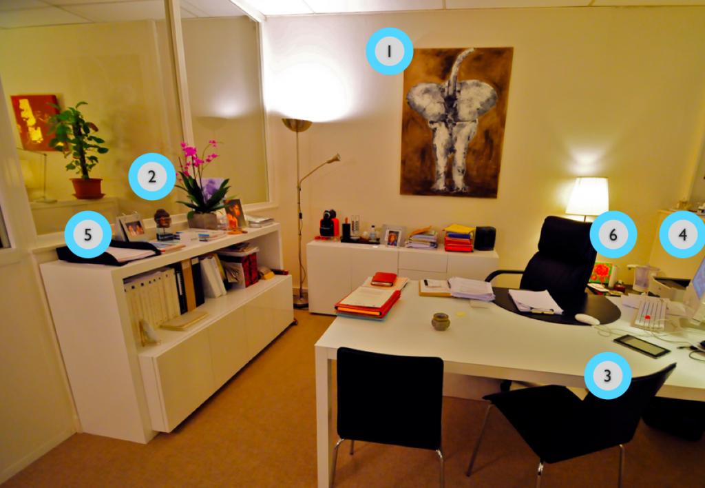 dans le bureau d 39 hymane ben aoun dirigeante du cabinet de. Black Bedroom Furniture Sets. Home Design Ideas