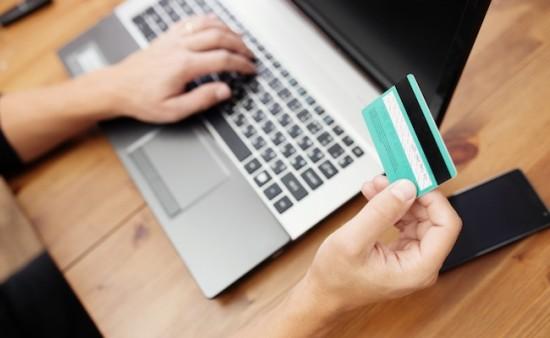 ecommerce-cartebleue-ordinateur-achat